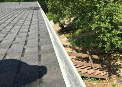 Valor-Gutter-Guard-1